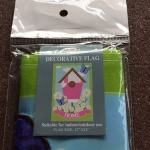 Butterflies daisies Home flag - New